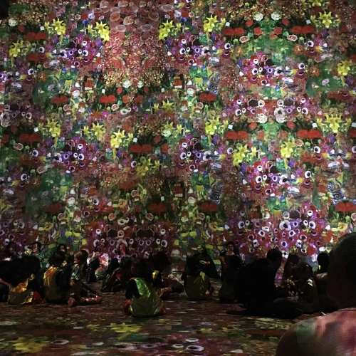 Inside the Atelier des Lumières Klimt exhibition